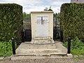 Andelain (Aisne) monument aux morts.JPG