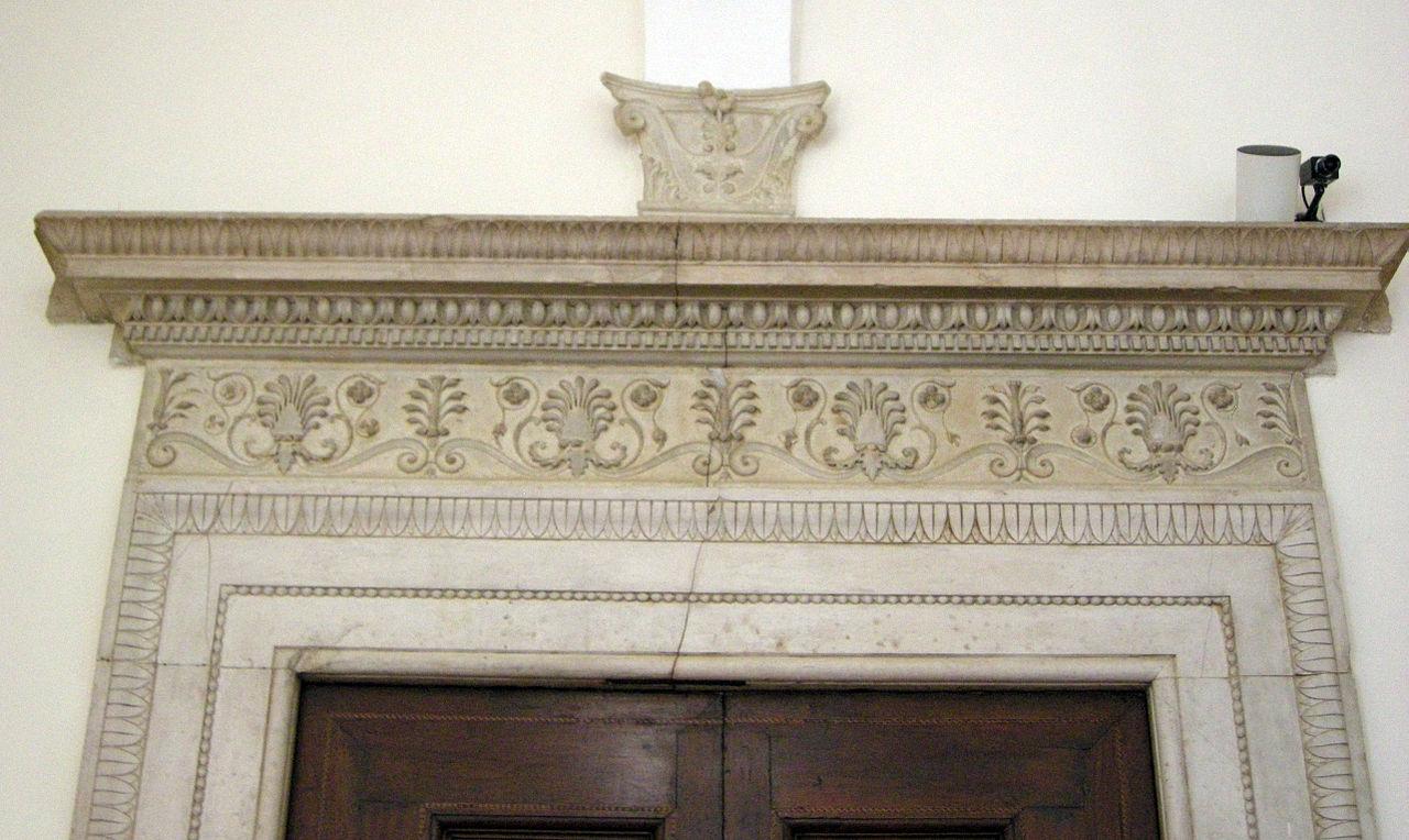 File appartamento della jole decorazione portale jpg for Decorazione wikipedia