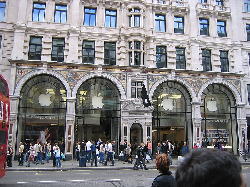 http://upload.wikimedia.org/wikipedia/commons/thumb/5/5c/Apple_Store_Regent_Street_London_UK-2005-09-24.jpg/800px-Apple_Store_Regent_Street_London_UK-2005-09-24.jpg