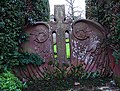 Art Nouveau gravestone - geograph.org.uk - 353510.jpg