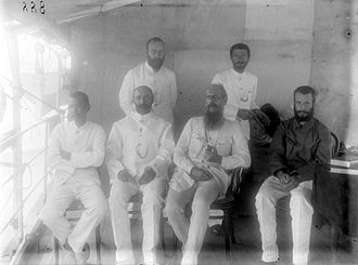 Hendrikus Albertus Lorentz - Hendrikus Albertus Lorentz (top left) at the 1903 New Guinea expedition