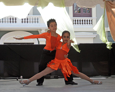 Puerto Rican children dancing at Plaza Las Delicias during the March 2008 Ponce Crafts Festival Artists in the Making.jpg