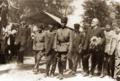 Atatürk Fransız yazar Claude Farrère ile, İzmit, 18 Haziran 1922.png