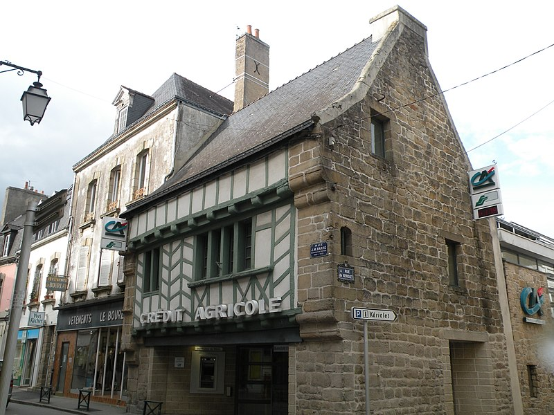 House of Auray built in 1620.
