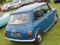 Austin Mini 1000 (1970) (34224110300).jpg
