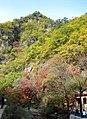 Autumn colors at Guanmen Mountain (1784224947).jpg