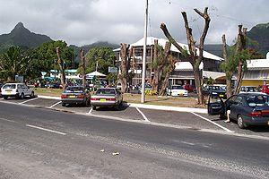 Avarua - Main street of Avarua looking towards the Bank of the Cook Islands (BCI) building