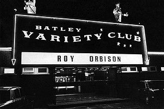 Batley Variety Club - Image: BATLEY VARIETY CLUB SIGN
