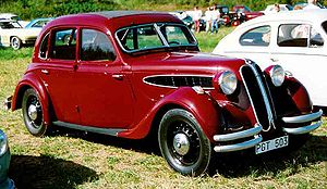 BMW 340 - The 340 was based on the prewar BMW 326 illustrated here.