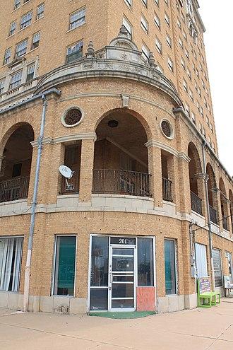 Baker Hotel (Mineral Wells, Texas) - Image: Bakerhotel 19