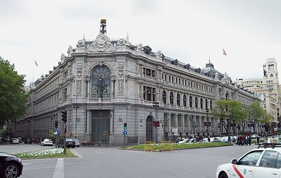 How to get to Banco De España with public transit - About the place