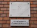 Bardos school, plaque, Iskola Promenade, 2016 Dunakeszi.jpg