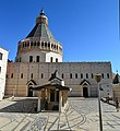 Basilica of Annunciation - exterior (5) (37125827056).jpg