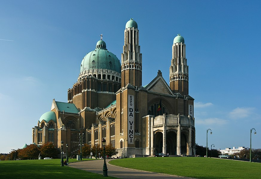 Basilica of the Sacred Heart, Bruxelles, Belgium; with da Vinci expo banners.