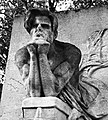 Baudelaire's grave 02.jpg