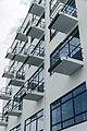Bauhaus Dessau - Ateliergebäude Balkone.jpg
