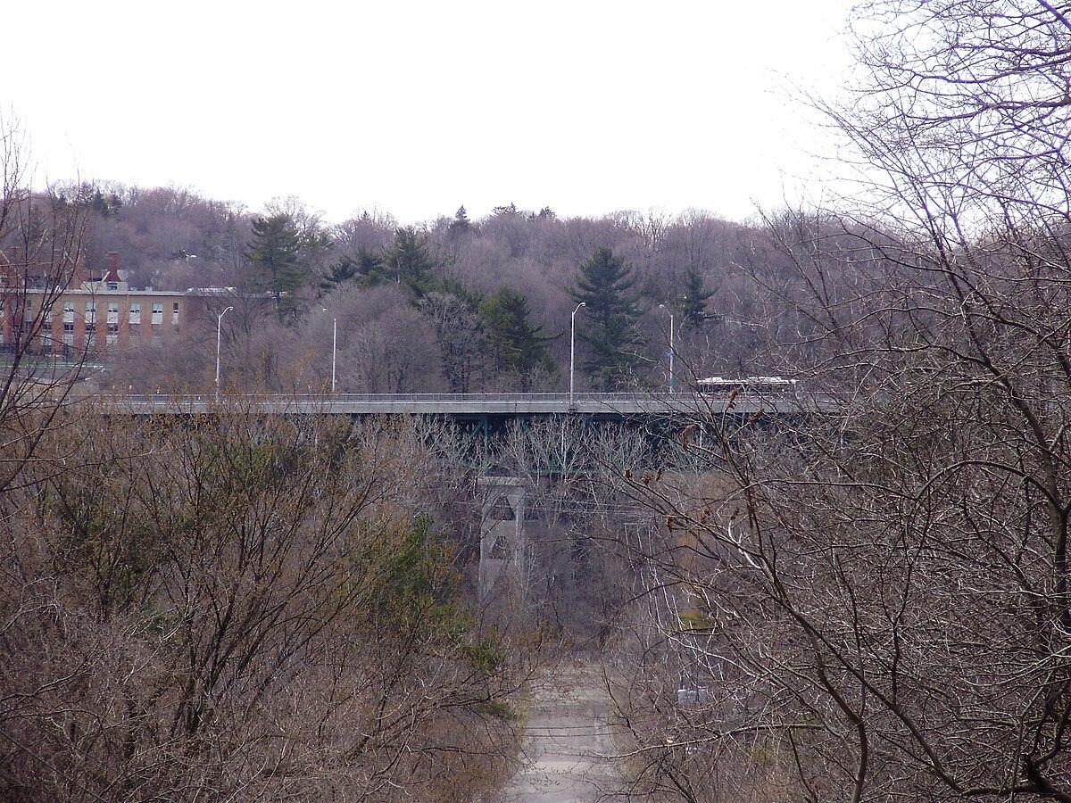 bayview bridge  toronto