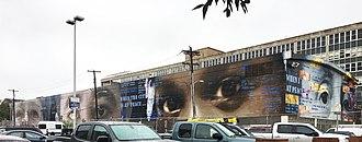 Benjamin Franklin High School (Philadelphia) - Benjamin Franklin High School, side facade with murals, 2016