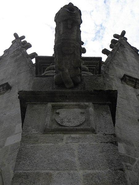 Église Notre-Dame de Bieuzy (56). Gargouille du chevet.