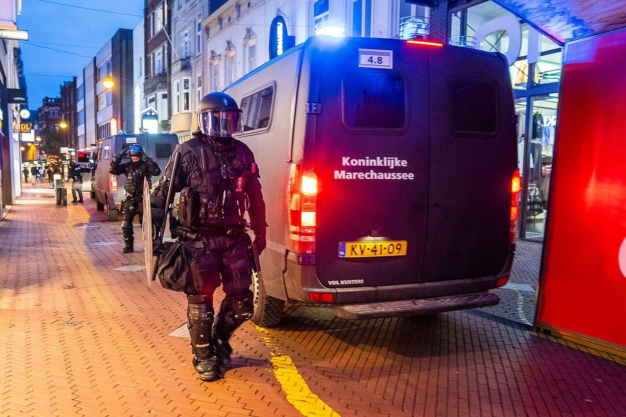 Bijstand KMAR Eindhoven januari 2021 01.jpg