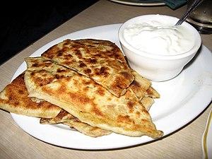 Bolani - Image: Bolani Afghan bread 01