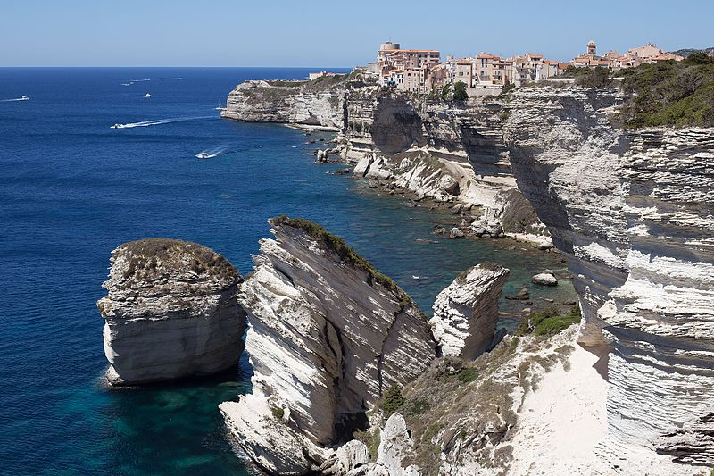File:Bonifacio cliff.jpg