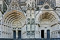 Bourges-Kathedrale-122-Westfassade-Portale links-2008-gje.jpg