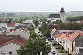 Breitenbrunn (Burgenland), view from the fortified tower to the parish church.JPG
