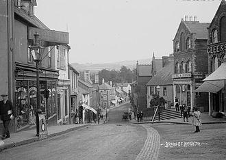 Knighton, Powys - Broad St. Knighton, (1910's)