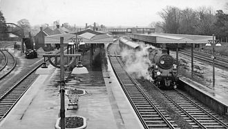 Brockenhurst railway station - The station as it was in 1963 with Platforms 1 and 2 on the left, and platforms 3 and 4 on the right.