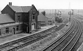 Broughton Lane Station 1924656 b98b4cc9.jpg