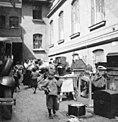 Bundesarchiv Bild 146-1986-044-12, Berlin, Sinti und Roma.jpg