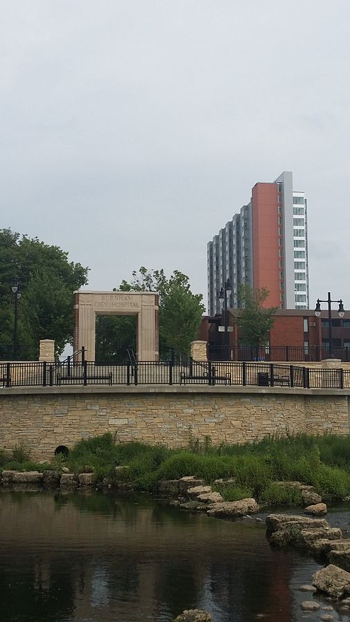 East facing view of the memorial dedicated to the Burnham City Hospital that once stood where the Burnham 310 building is now located.