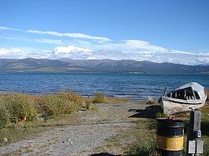 Blick auf den Kluane-See
