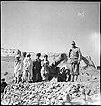 CH-NB - Afghanistan, Ghazni (Ghazna)- Menschen - Annemarie Schwarzenbach - SLA-Schwarzenbach-A-5-21-184.jpg