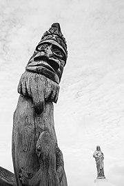 Carving, New-Caledonia.jpg
