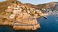 Castle of Kavos Hydra Harbor (44149694784).jpg