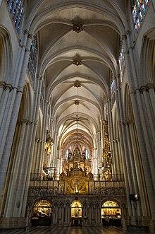 c7c195c355b Interior de la Catedral de Toledo.