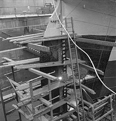 Cecil Beaton Photographs- Tyneside Shipyards, 1943 DB187.jpg