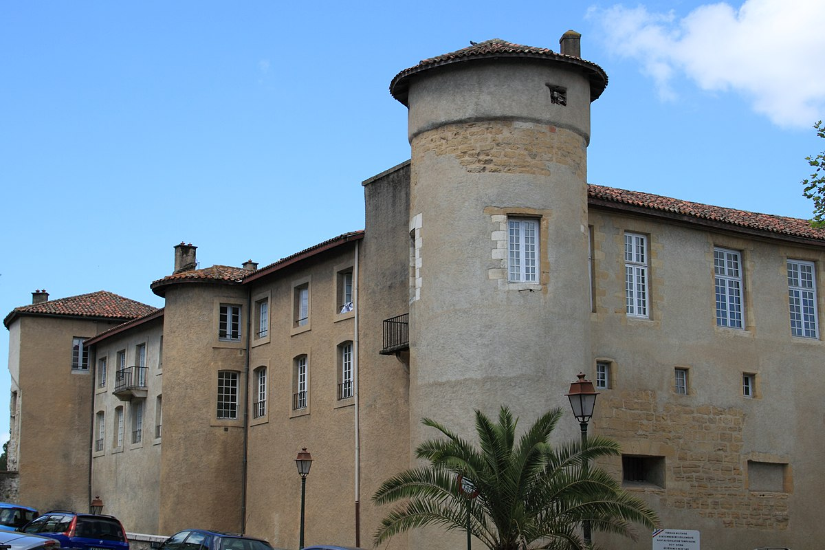 Allée De Niert Bayonne château-vieux (bayonne) - wikipedia