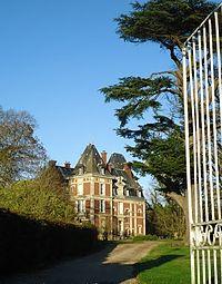 Château de la Chapelle du bois des faulx.jpg