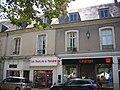 Châteaudun - place du 18-Octobre (06).jpg