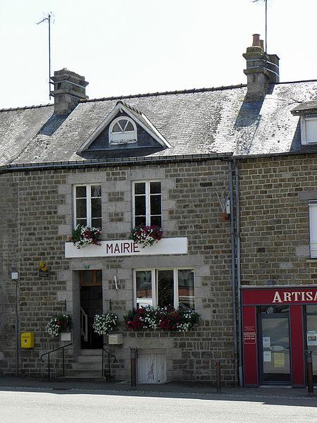 Mairie de Champéon (53).