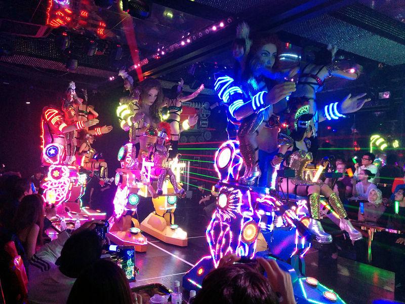 File:Charge of the fembots Robot Restaurant, Shinjuku Tokyo.jpg