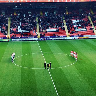 Charlton Athletic F.C. - Charlton and Millwall pay tribute to Graham Taylor at The Valley in January 2017.