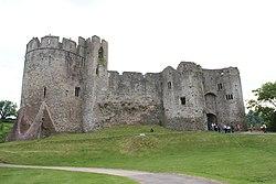 Chepstow castle - panoramio.jpg