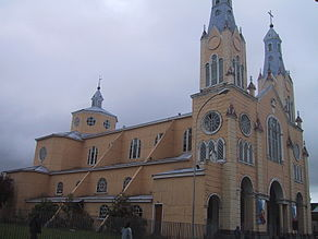 Chiloe church of wood.jpg
