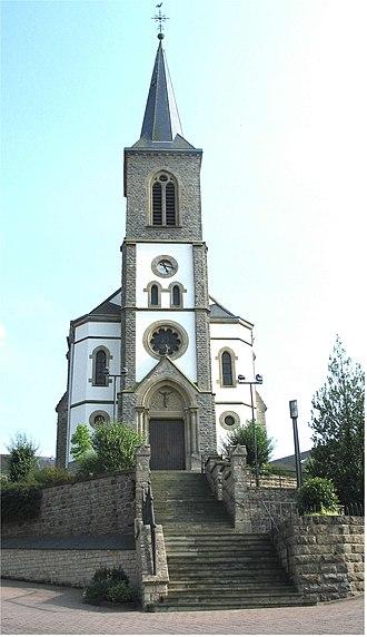 Cruchten - The church