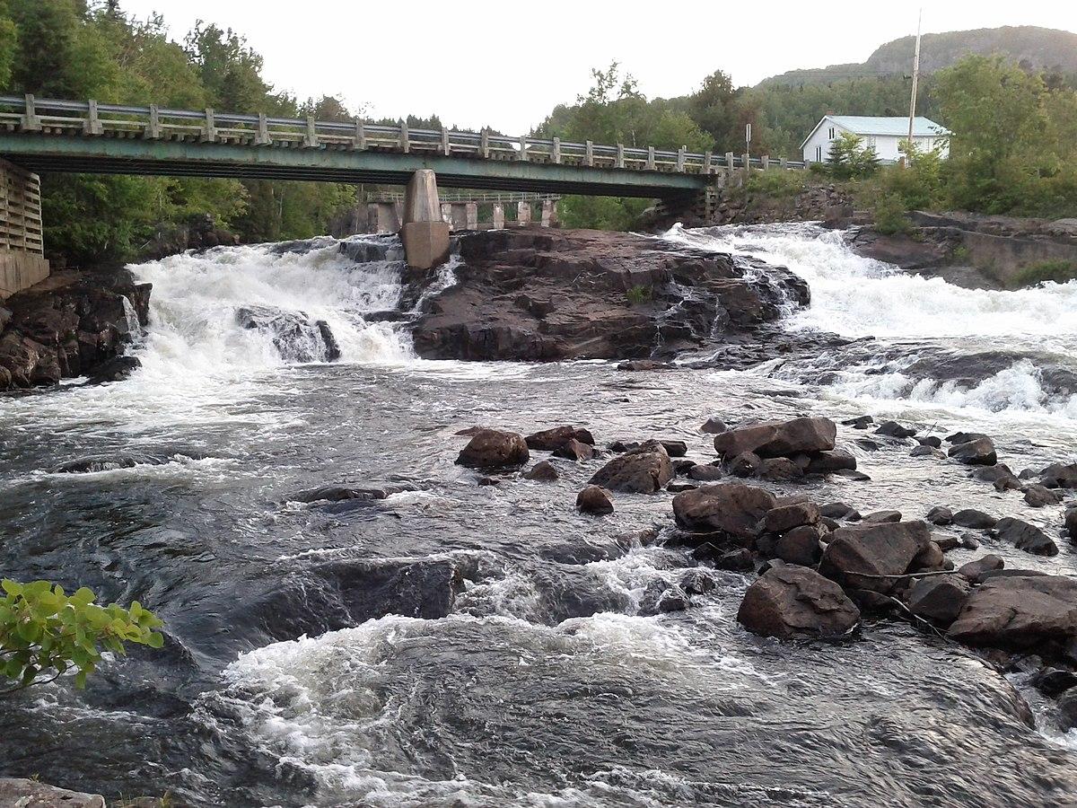 Rivière Petit Saguenay — Wikipédia