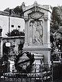 Cimetière Oullins - Tombe de Joseph-Marie Jacquard.jpg
